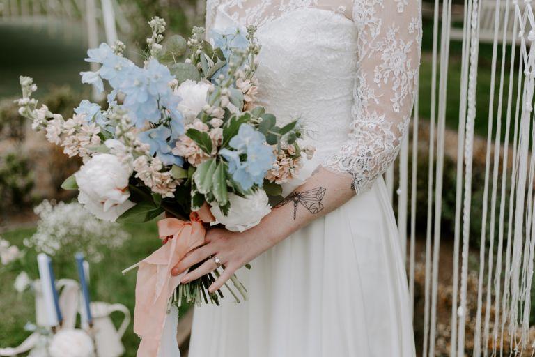 Sustainable wedding flowers idea