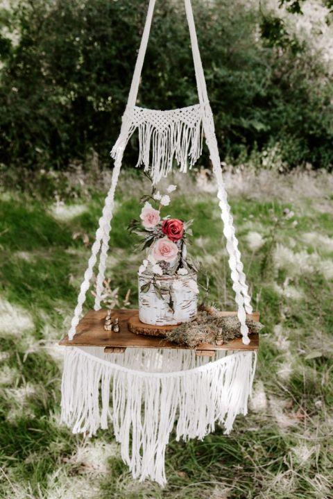 Hangin wedding cake at UK woodland wedding